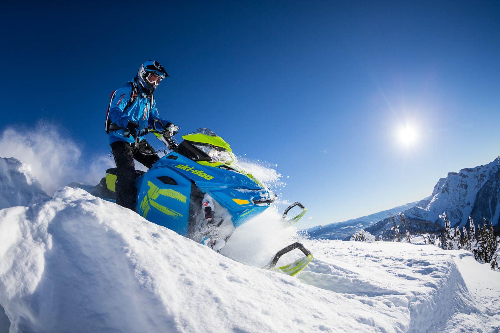 2017 Ski Doo Freeride 154 And 146 Snowest Magazine