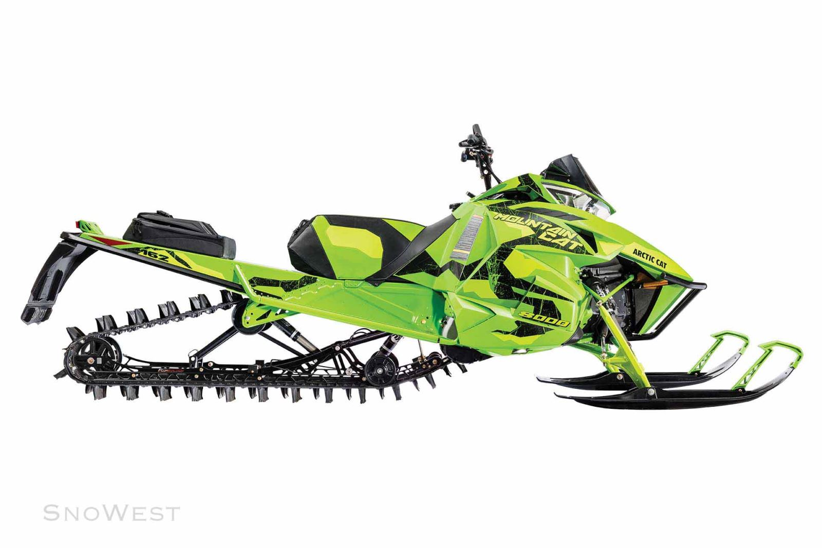 2018 Arctic Cat Sleds >> Arctic Cat 2017: Everything You Need to Know About the 2017 Mountain Cat   Snowest Magazine