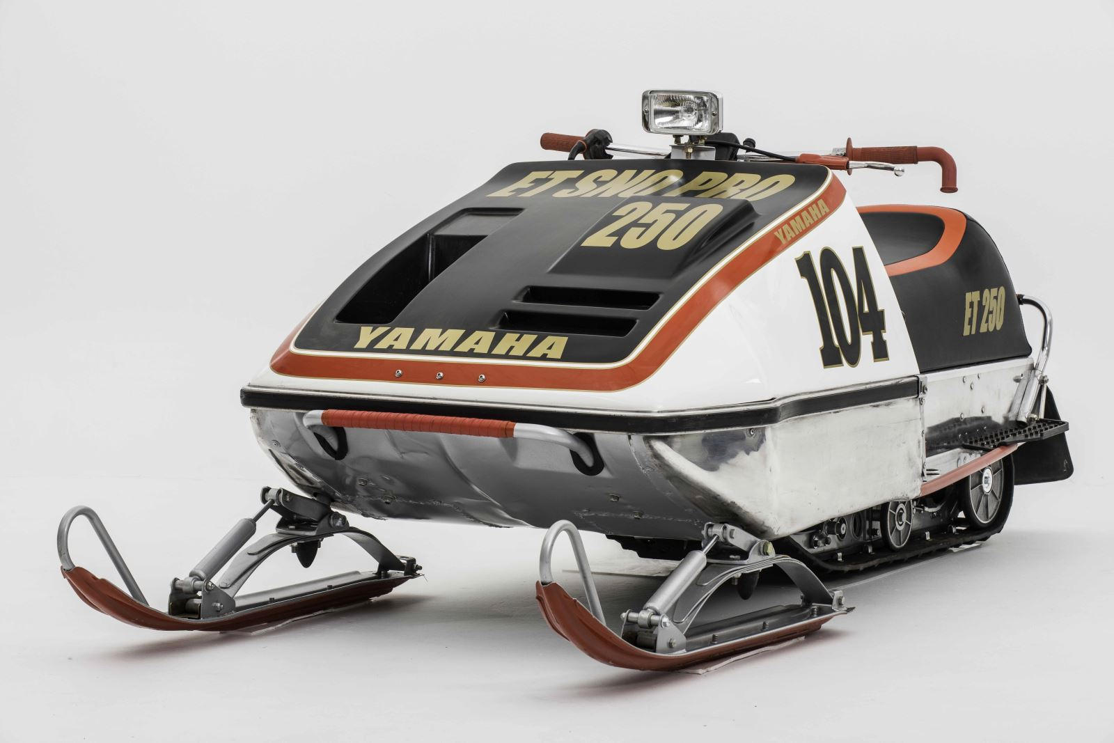 New Yamaha Et Sno Pro Hood Snowest Magazine