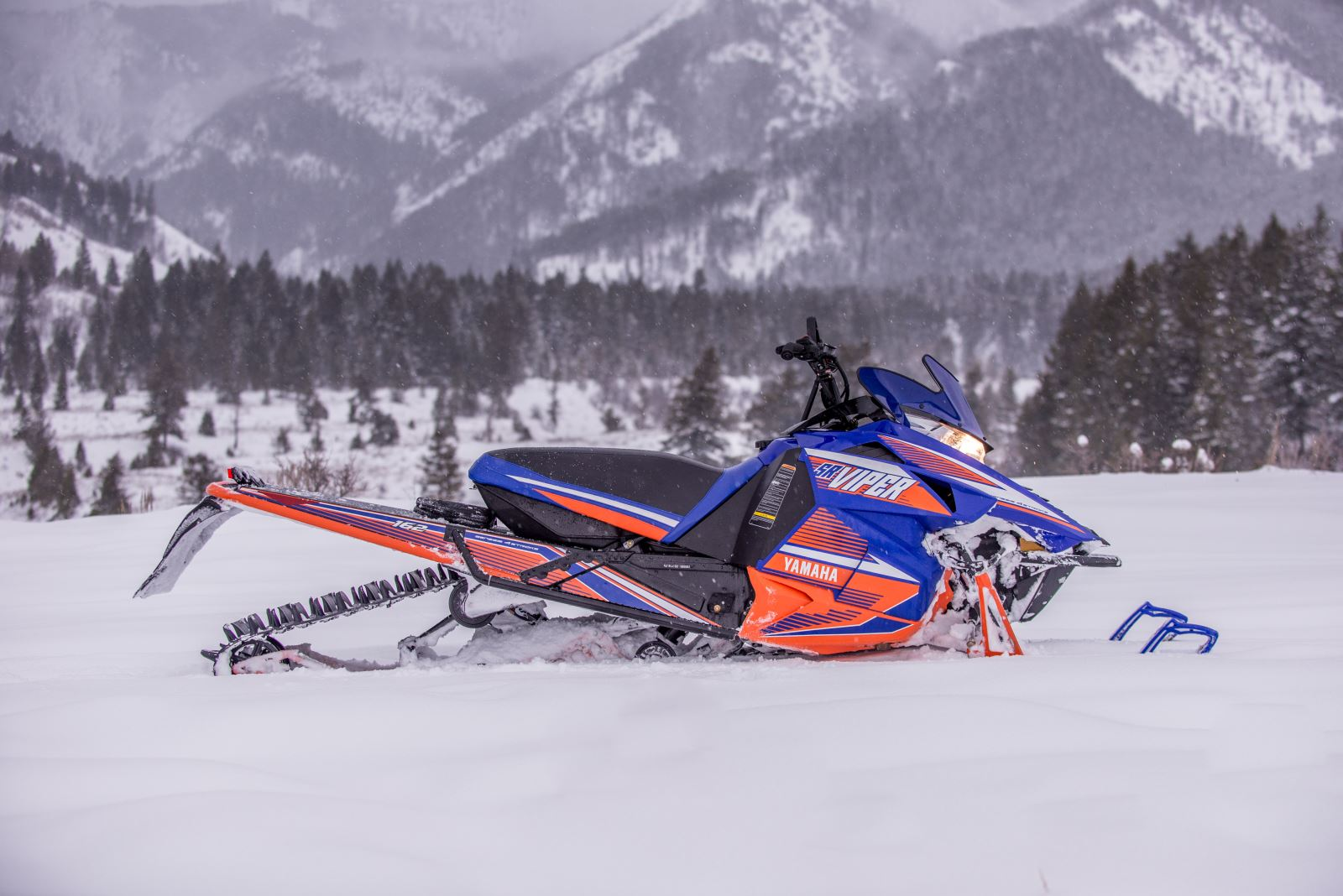 First look 2015 yamaha sr viper mtx mountain sleds for Yamaha snow mobiles