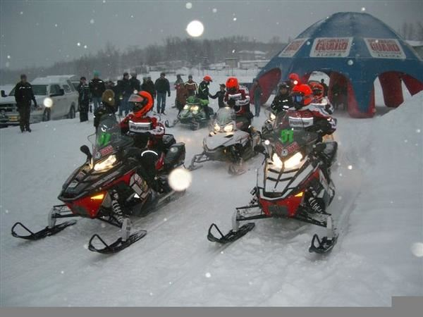 lead dog helmet light leads 2011 iron dog snowmobile race ambassador team snowest magazine. Black Bedroom Furniture Sets. Home Design Ideas