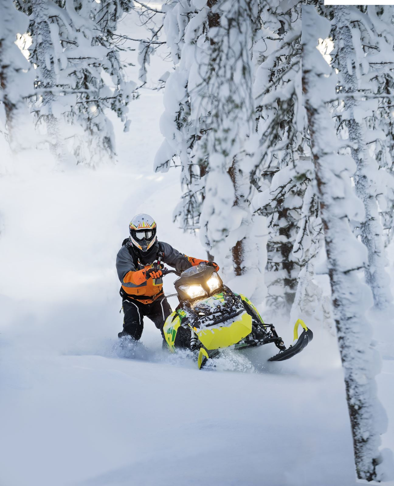 BRP s 2016 Lynx Snowmobiles Offer The Ultimate Winter Adventures In ... 3bab04e4c148b