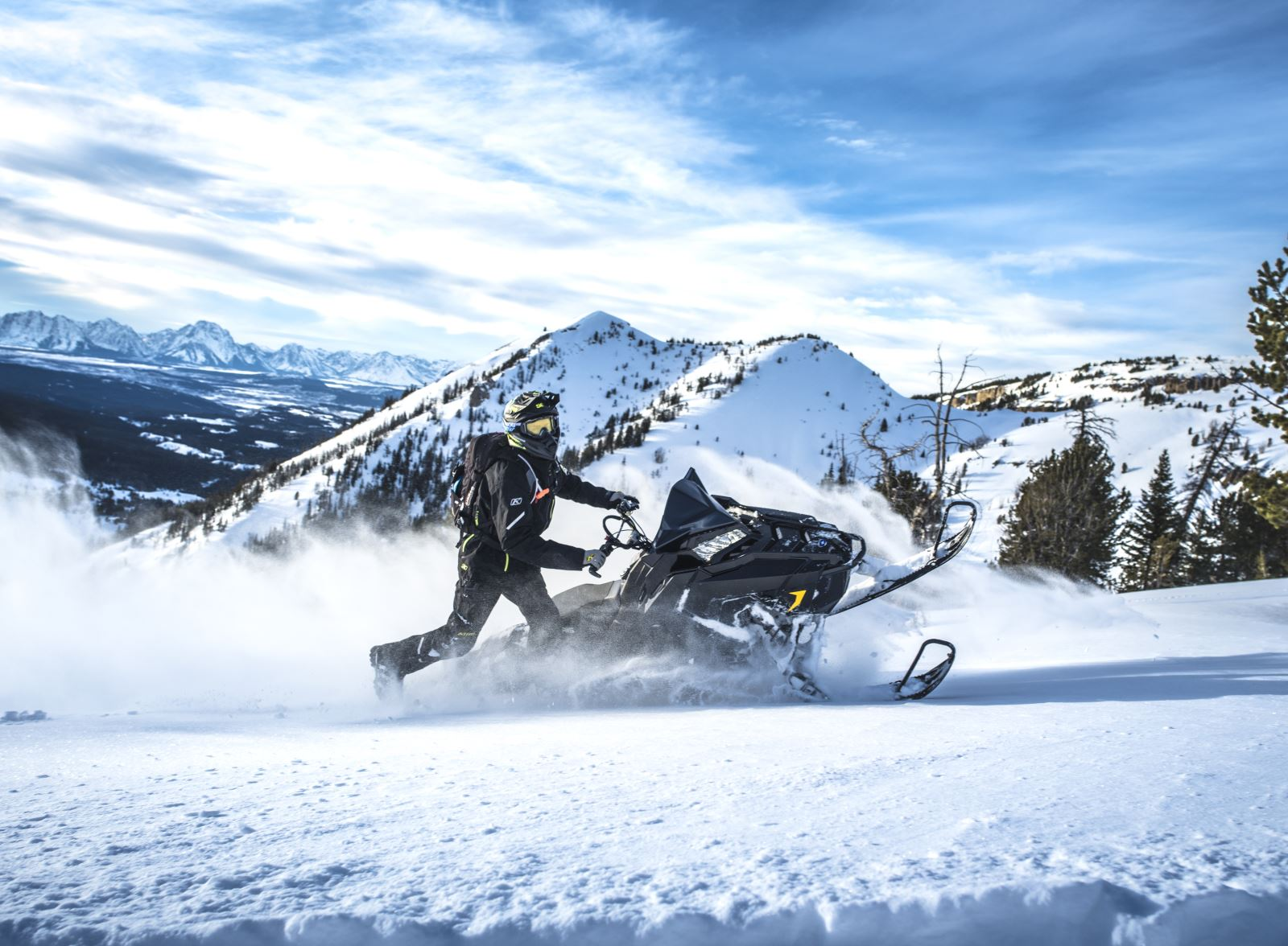2019 Polaris Snowmobile Lineup Features New Technology, New Models, All-New Polaris 850 Patriot Engine